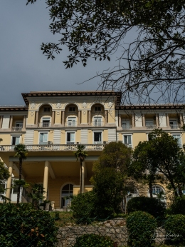 Villa Along the Promenade