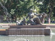 pan at archibald fountain